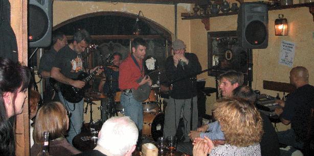 Paddy's Pub 2003